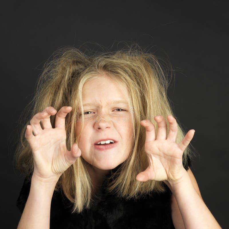 Het meisje kleedde zich als sleeplijn voor Halloween stock afbeelding