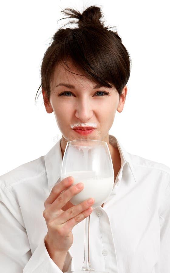 Het meisje van de kat met melksnor stock afbeeldingen