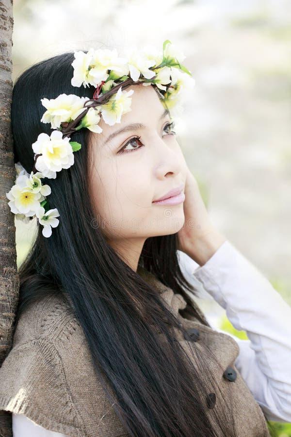 Het meisje van de lente royalty-vrije stock afbeelding