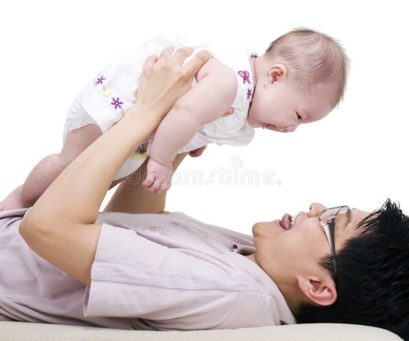 Het meisje van de vader en van de baby royalty-vrije stock fotografie
