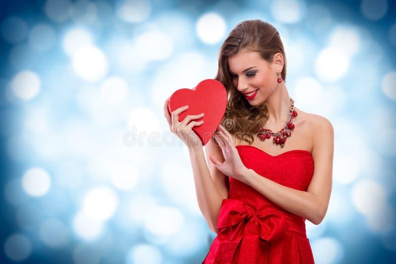 Het meisje van de Valentine'sdag stock afbeelding