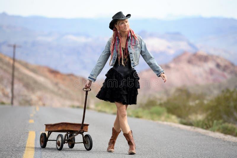 Het Meisje van de weg royalty-vrije stock afbeelding