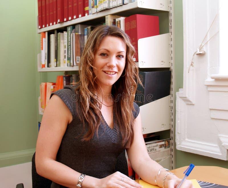 Het Meisje van het bureau royalty-vrije stock fotografie