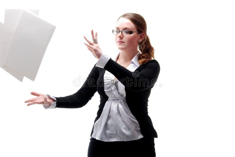 Het Meisje van het bureau met Vliegende Documenten royalty-vrije stock fotografie