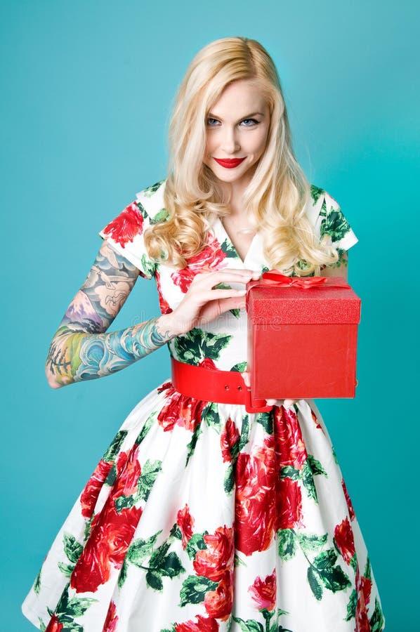 Het Meisje van Pinup van Kerstmis stock afbeelding