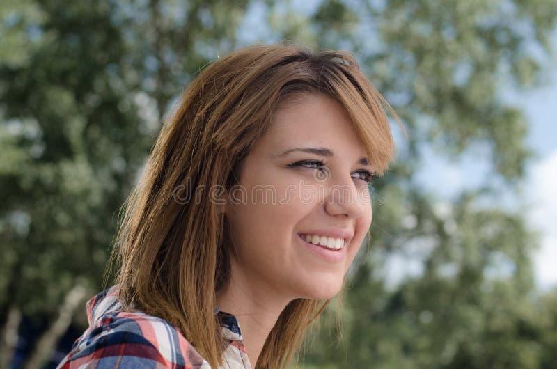 Het meisjesportret van Beautifull stock fotografie