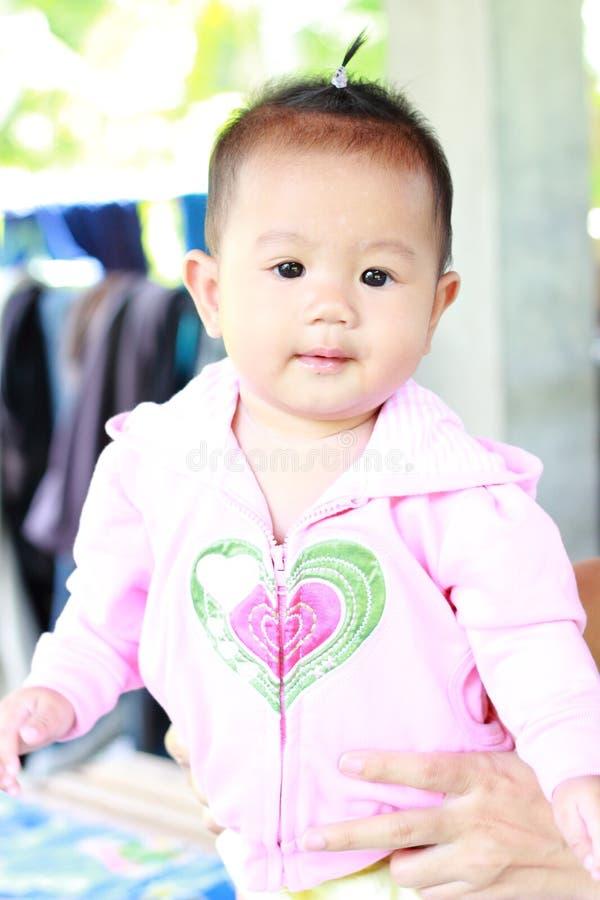 Download Het Meisjesportret Van De Baby Leuk Baby Stock Afbeelding - Afbeelding bestaande uit persoon, haar: 39114185