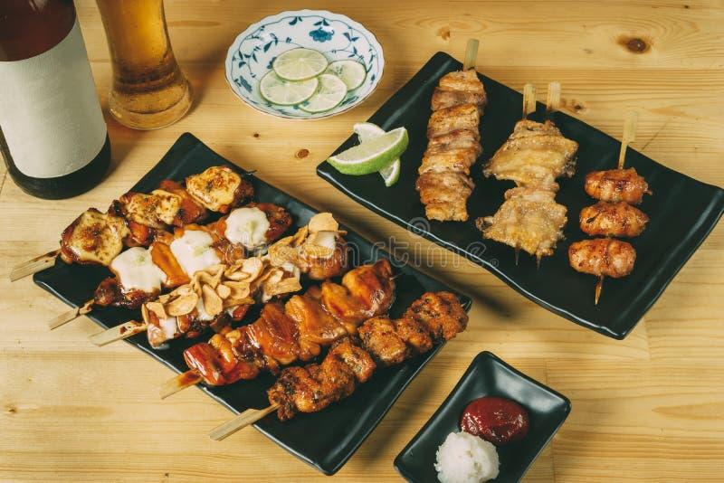 Het mengen zich van de Japanse stijl van voedselizakaya, concept van het Partij het vastgestelde menu stock foto