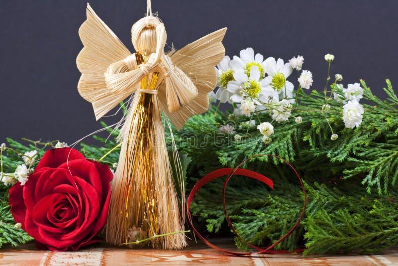 Het met de hand gemaakte Ornament van Kerstmis met Engel - Macro stock afbeeldingen