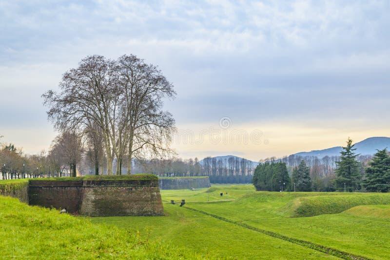 Het Middeleeuwse Fort van Luca stock foto's