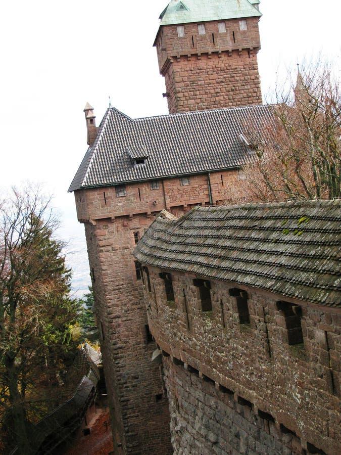 Het middeleeuwse kasteel van Haut -haut-koenigsbourg de Elzas royalty-vrije stock fotografie