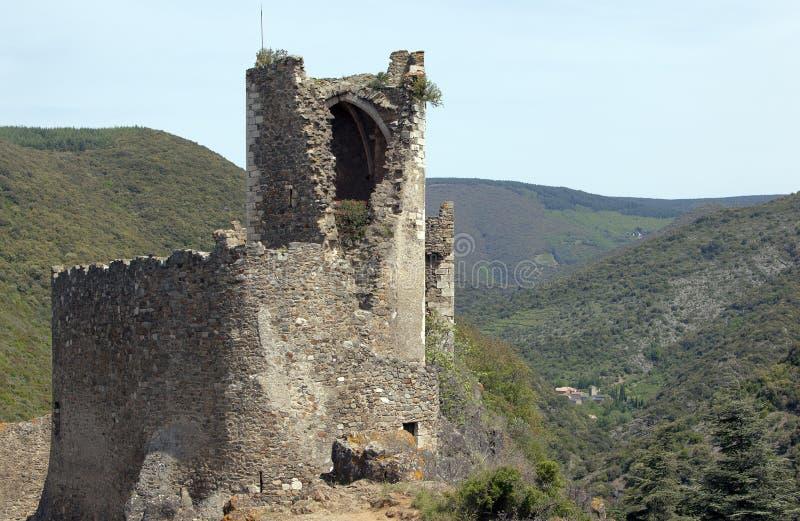 Het middeleeuwse kasteel van Lastour in Frankrijk royalty-vrije stock foto's