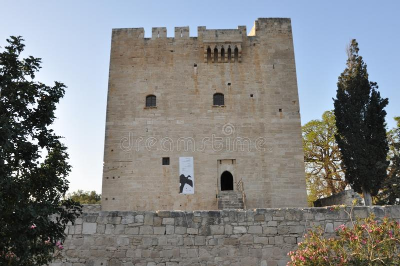 Het middeleeuwse Kolossi-Kasteel in Cyprus Limassol stock foto's