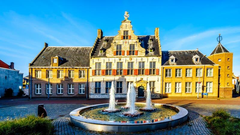 Het middeleeuwse St Jorisdoelen gebouw in Historische Stad van Middelburg, Nederland stock afbeelding