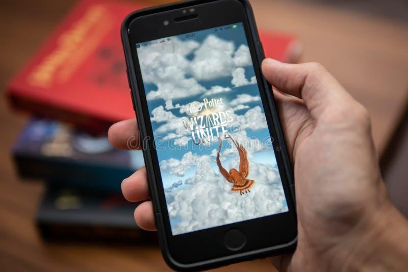 Het mobiele spel van Harry Potter Wizards Unite royalty-vrije stock afbeeldingen