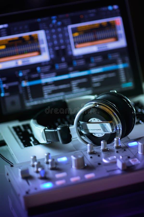 Het mobiele werkstation van DJ royalty-vrije stock foto's