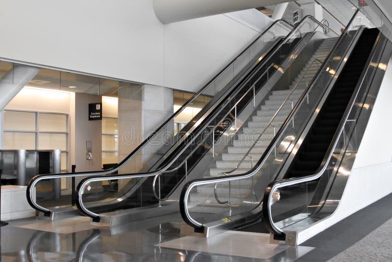 Het moderne Binnenland van de Luchthaven stock foto's