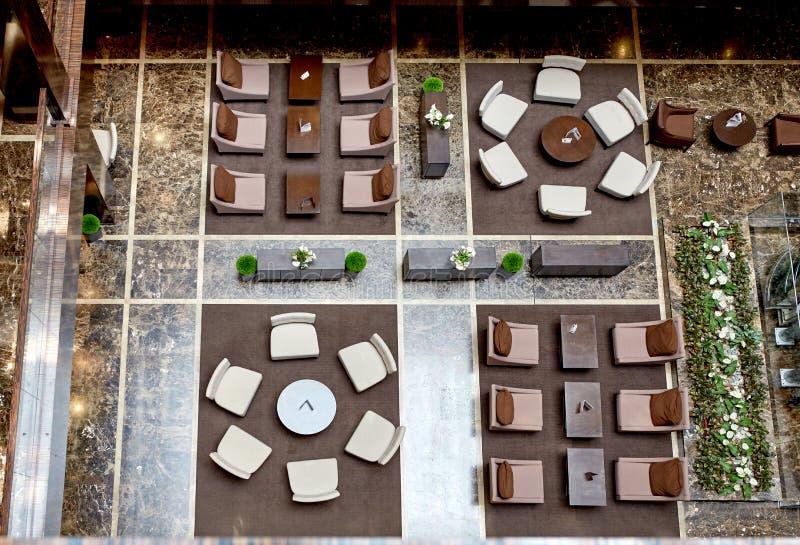 Het moderne binnenland van de luxehal in hotel stock foto