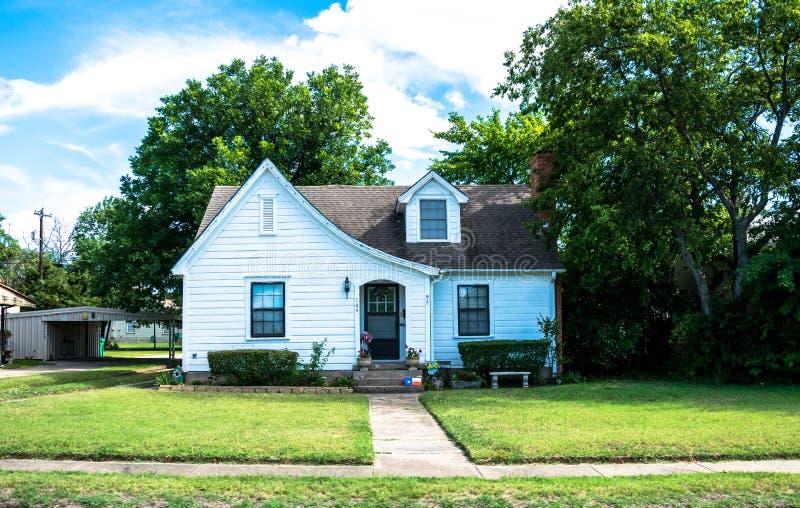 Het moderne landelijke leven in Texas Oud blokhuis royalty-vrije stock foto's