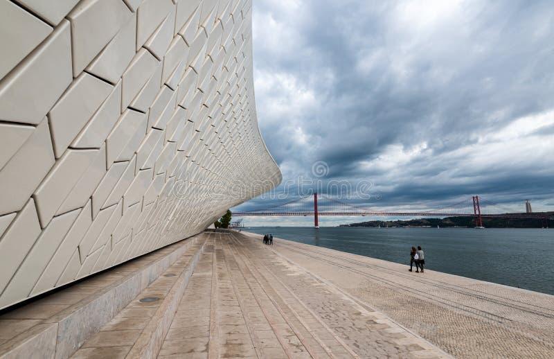 Het moderne MAAT-museum in Lissabon, Portugal royalty-vrije stock foto's