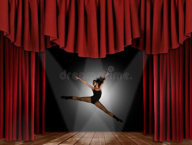 Het moderne Springen van de Danser van de Straat van de Jazz royalty-vrije stock foto's