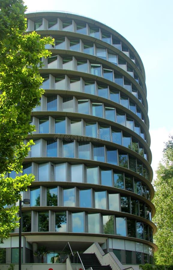 Het moderne stadsgebouw stock afbeeldingen