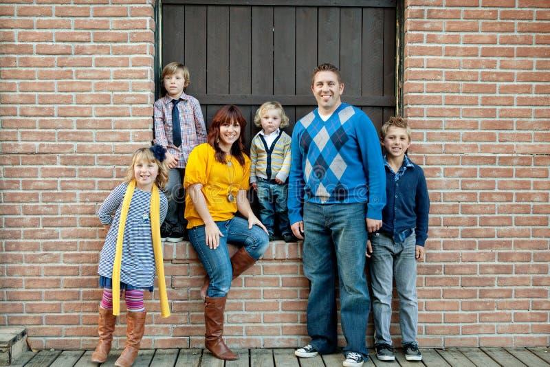 Het modieuze Portret van de Familie stock fotografie