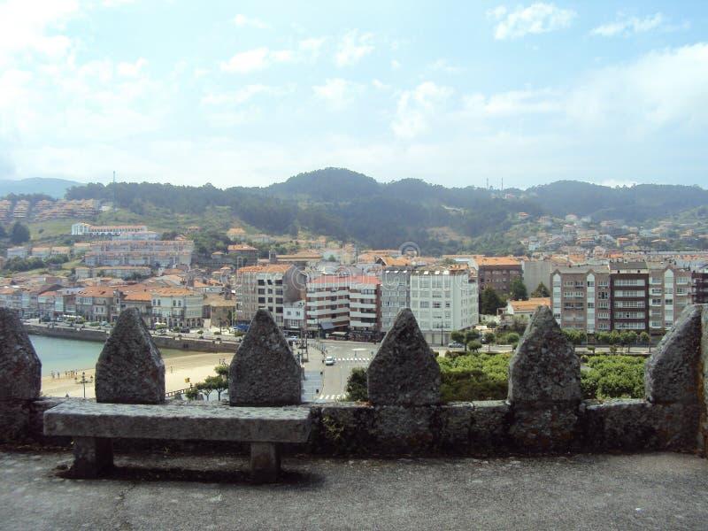 Het Monterrealkasteel is een kasteel in Ria de Vigo en de vallei van Minderjarige, Galicië, Spanje stock afbeelding