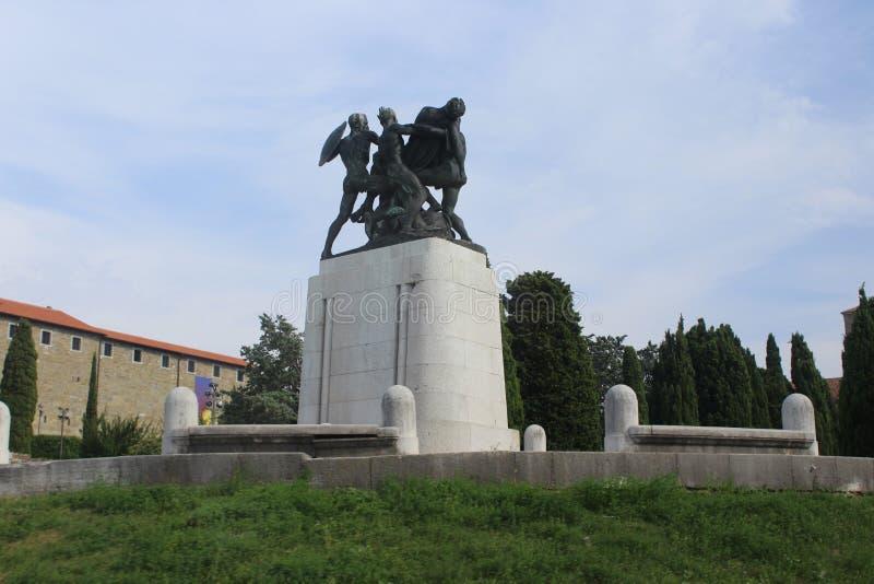 Het monument aan de slachtoffers van Wereldoorlog II stock foto's
