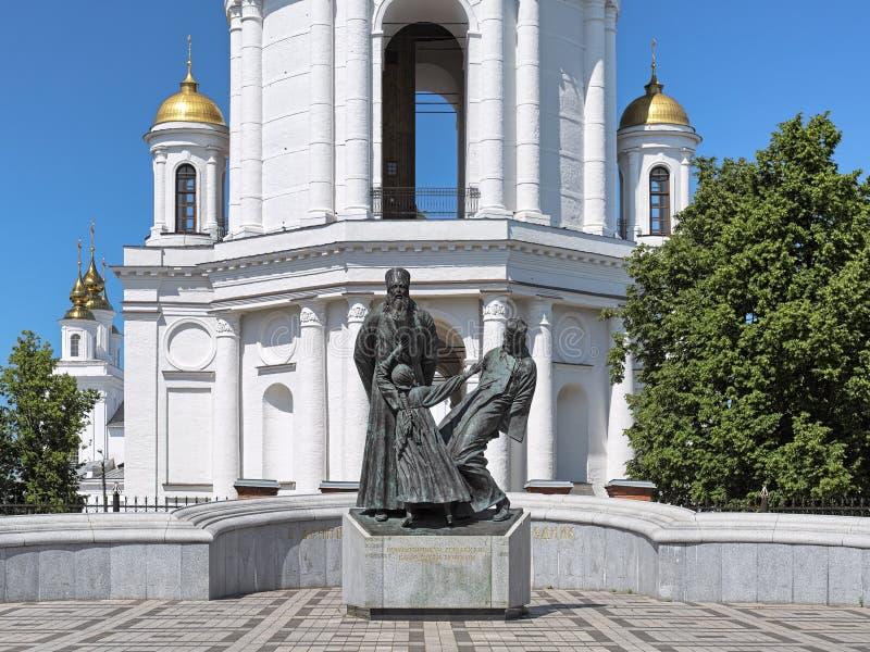 Het monument aan geestelijkheid en leken doodde in 1922 in Shuya, Ivanovo Oblast, Rusland royalty-vrije stock foto