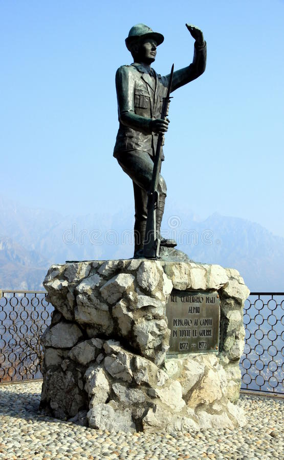 Het Monument van Alpini stock afbeeldingen