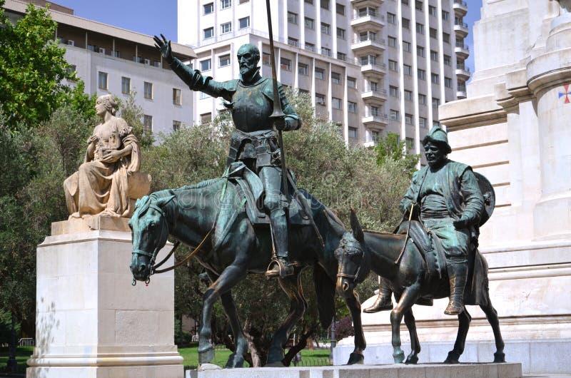 Het monument van Cervantes in Madrid, Spanje stock foto's