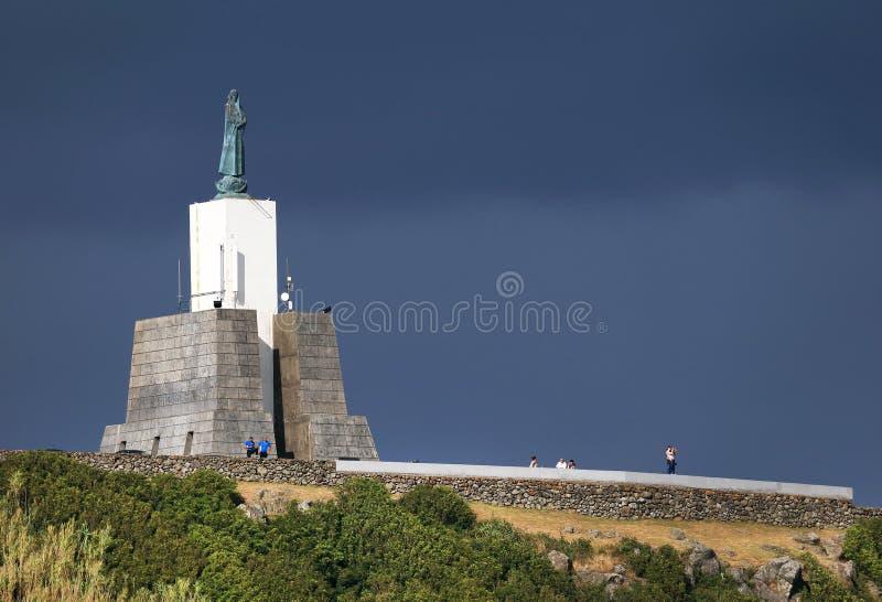 Het Monument van de Gazebotoorts, het beroemde oriëntatiepunt in Vitoria-Strandtoevlucht stock fotografie