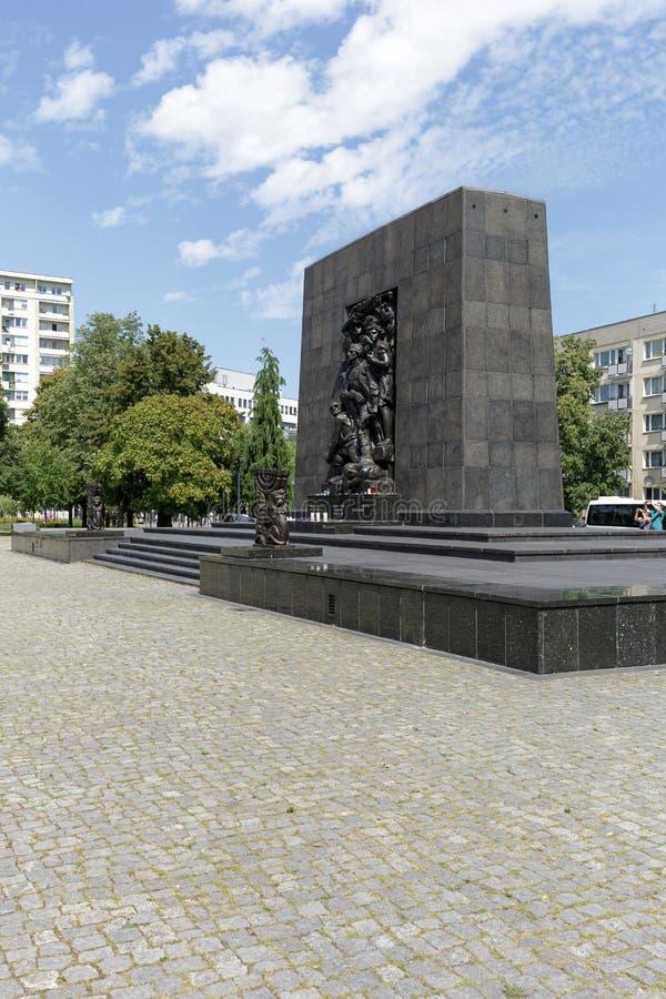 Het Monument van gettohelden in Warshau stock afbeelding