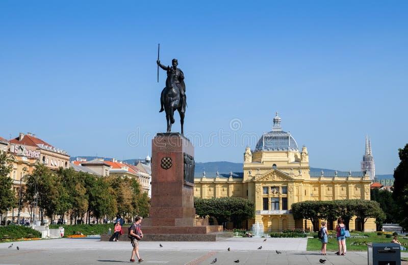 Het monument van Kralj Tomislav - Eerste Koning van Kroatië stock foto's