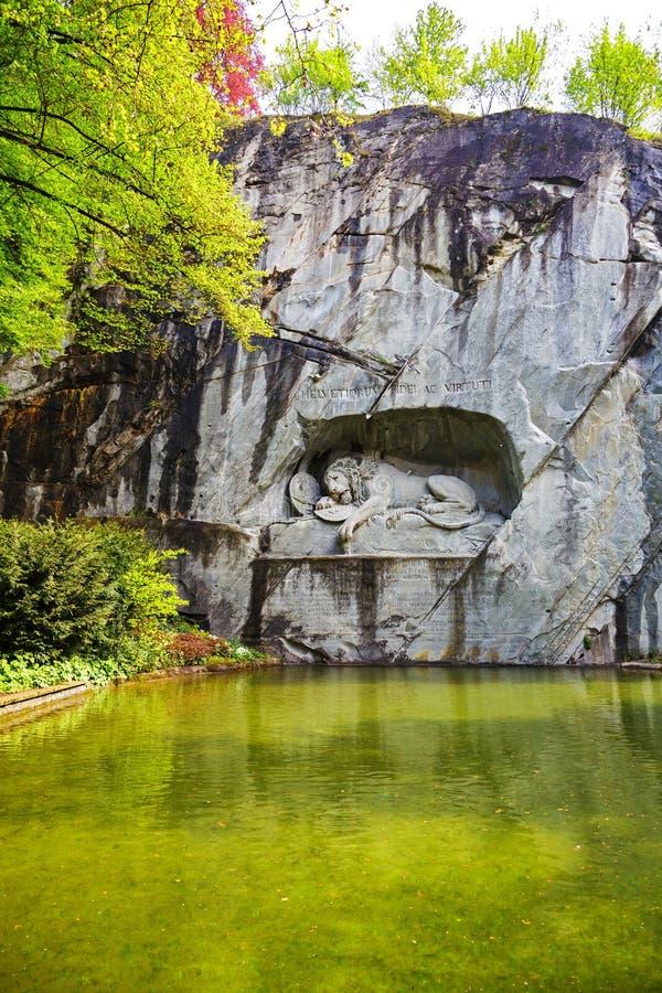 Het monument van Stervende Leeuw in Luzerne stock fotografie