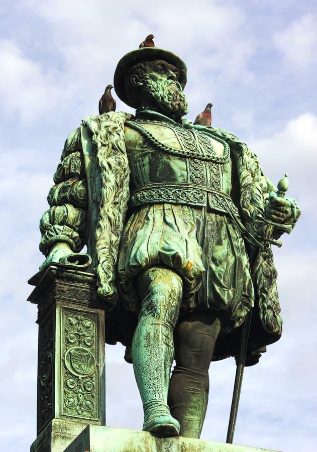 Het monument van Stuttgart - Duke Christopher-- II - stock foto