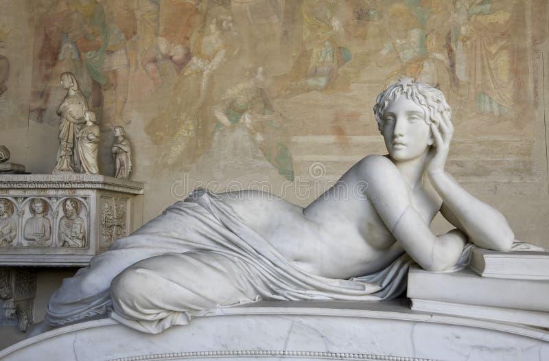 Het mooie Beeldhouwwerk van de Vrouw stock foto's