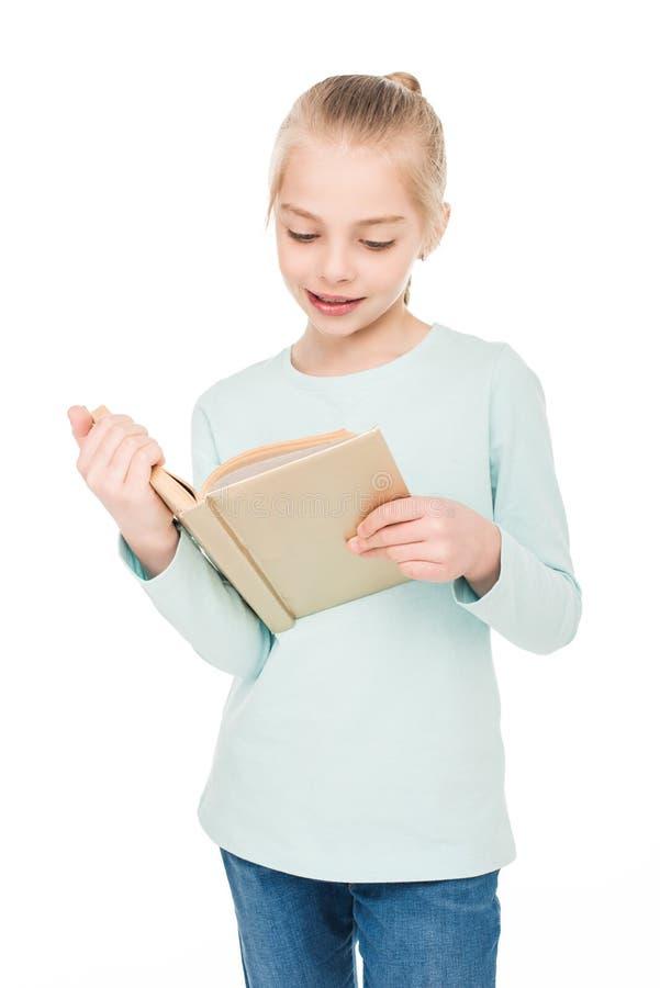 Het mooie boek van de meisjelezing royalty-vrije stock fotografie