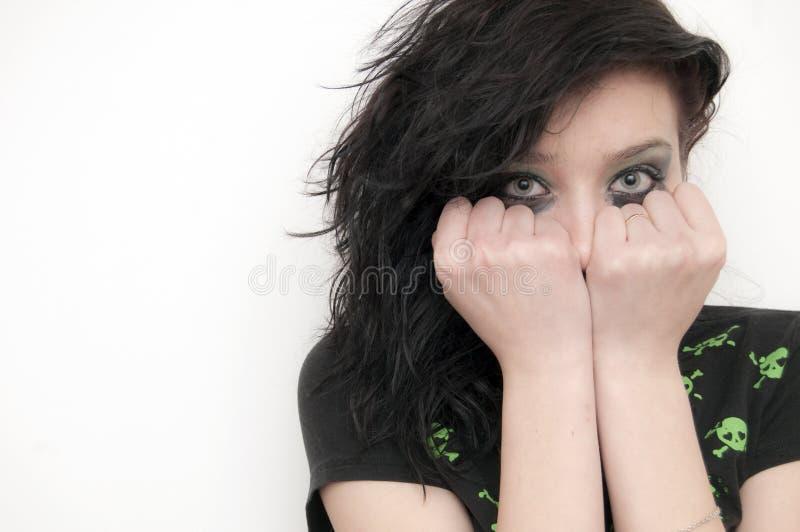 Het Mooie Donkerbruine Meisje van Emo royalty-vrije stock afbeelding