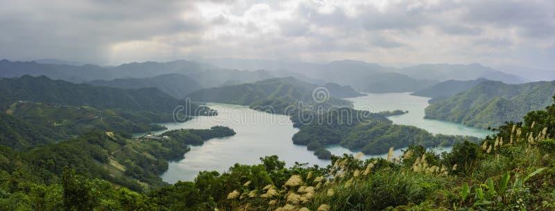 Het mooie Duizend Eilandmeer van Taiwan royalty-vrije stock fotografie