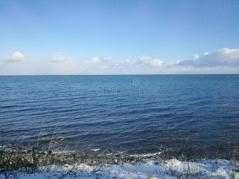 Het mooie kalme overzees van Japan Rusland langs Otoru-spoor in Hokkai royalty-vrije stock foto