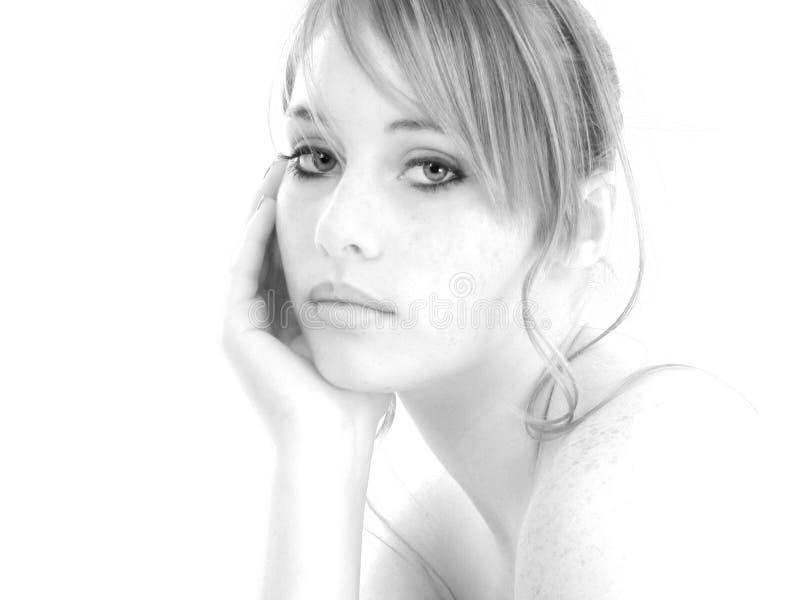 Het mooie Meisje van Veertien Éénjarigen in Zwart-wit stock foto's