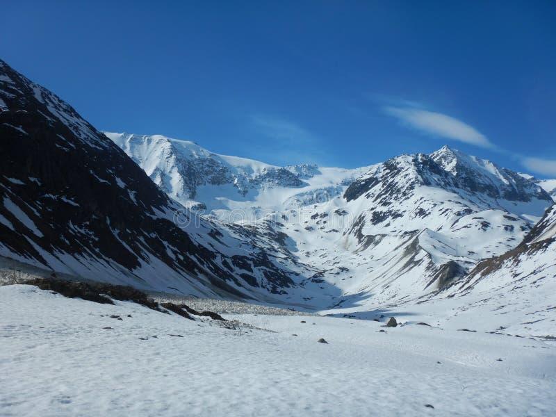 Het mooie vroege de lente skitouring in otztal alpen royalty-vrije stock fotografie