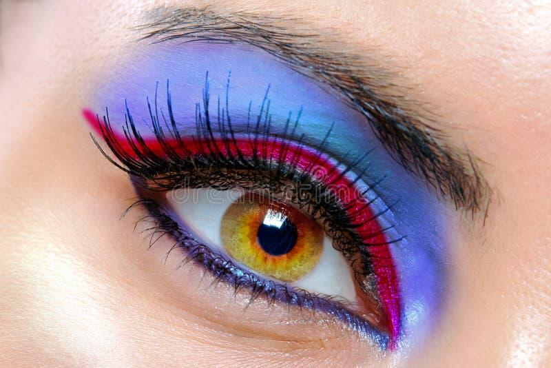 Het mooie vrouwelijke oog stock fotografie