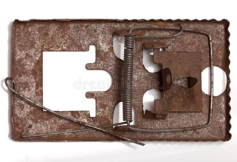 Het muizeval van het metaal Geïsoleerdj op witte achtergrond stock afbeelding