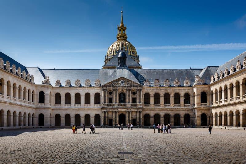 Het Museum van de de Oorlogsgeschiedenis van Lesinvalides in Parijs royalty-vrije stock afbeelding