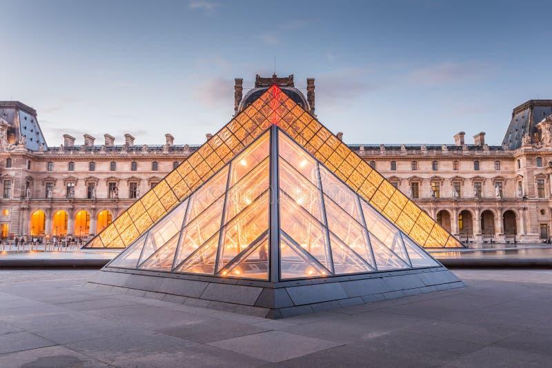 Het Museum van het Louvre in Parijs, Frankrijk royalty-vrije stock afbeeldingen