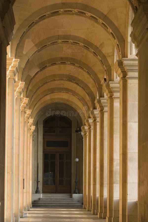 Het museumgang van het Louvre - Frankrijk - Parijs stock afbeelding