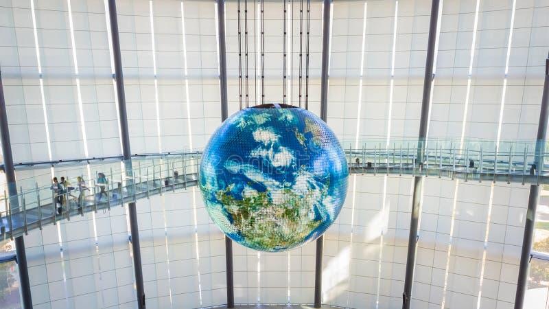 Het Nationale Museum van Nieuwe Nieuwe Wetenschap en Innovatie in Odaiba, Tokyo stock foto